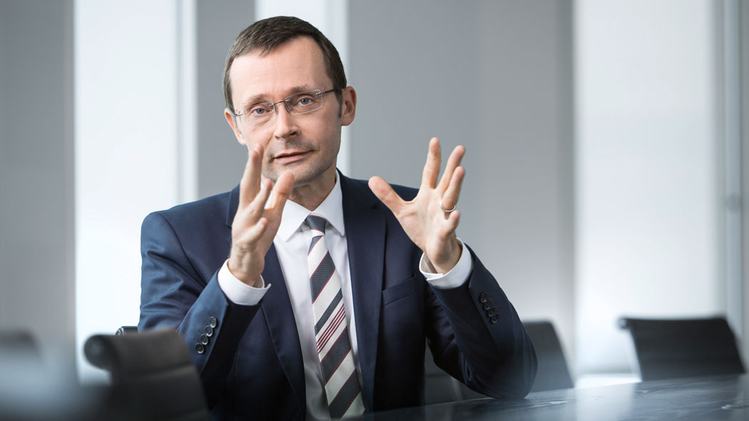 Foto-1-Dr.-Ulrich-Kater-Chefvolkswirt-DekaBank