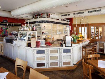 <h36>Café Monsalvy: Ein Ort zum Genießen und Wohlfühlen</h36>